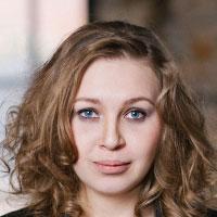 Катя Сурначева — домра малая шоу-оркестра «Русский стиль»